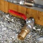 Hot-tub-drain-tap_bain-nordique-robinet2