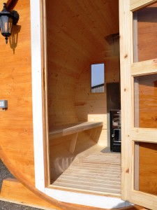 Interieur du sauna baril.