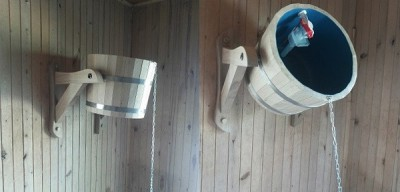Seau de sauna automatique avec un mécanisme de remplissage de l'eau