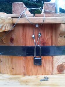 Lockable lid