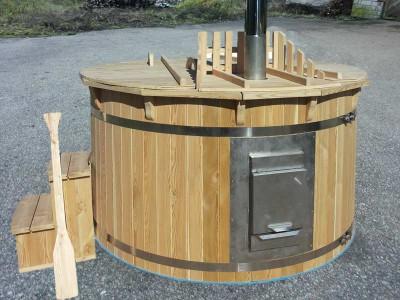 Bain nordique en bois Mélèze avec intérieur en plastique