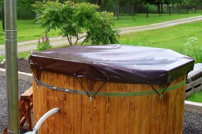 Bâche de protection en PVC pour un bain nordique