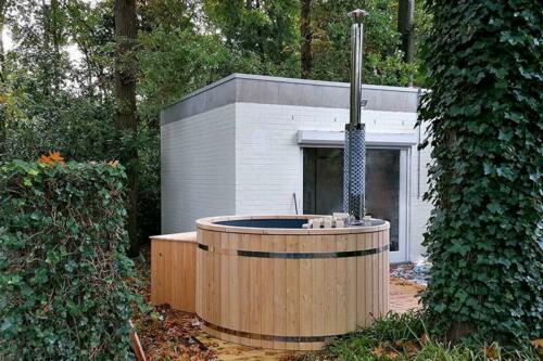 Hot-tub-plastic-bain-nordique-plastique-(189)