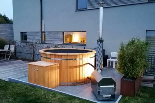 Hot-tub-plastic-bain-nordique-plastique-(206)