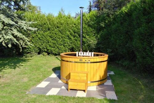Hot-tub-plastic-bain-nordique-plastique-(60)