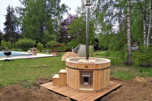 Hot-tub-plastic-bain-nordique-plastique-(91)