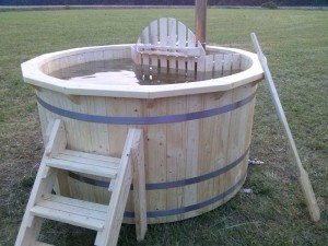 Hot-tub-wooden_bain-nordique-en-bois (12)