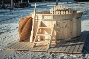 Hot-tub-wooden_bain-nordique-en-bois (2)