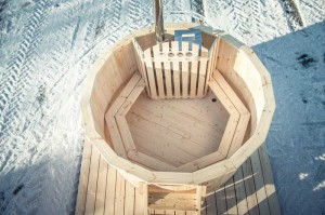 Hot-tub-wooden_bain-nordique-en-bois (6)